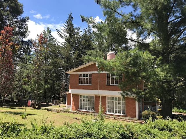 Cabaña en el Izta,  con bosque y juegos