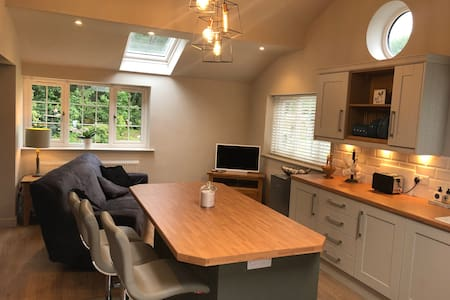 Rural self contained Cottage near Delamere Forest