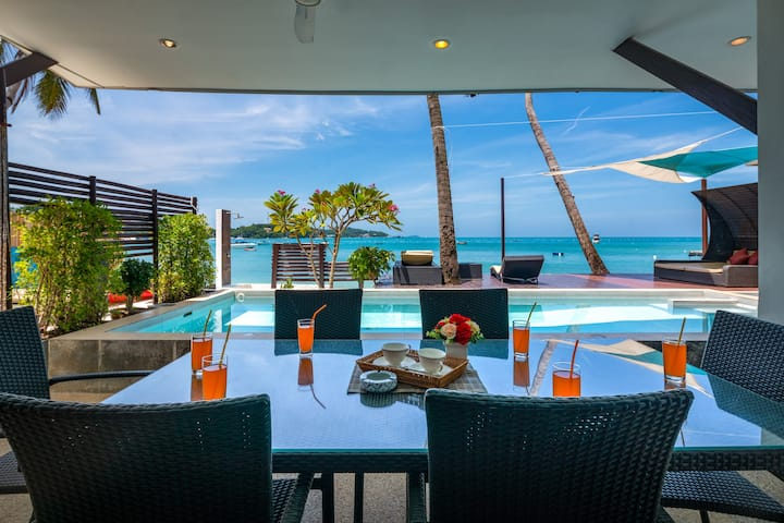 Beachfront Pool Retreat  perfect for Family
