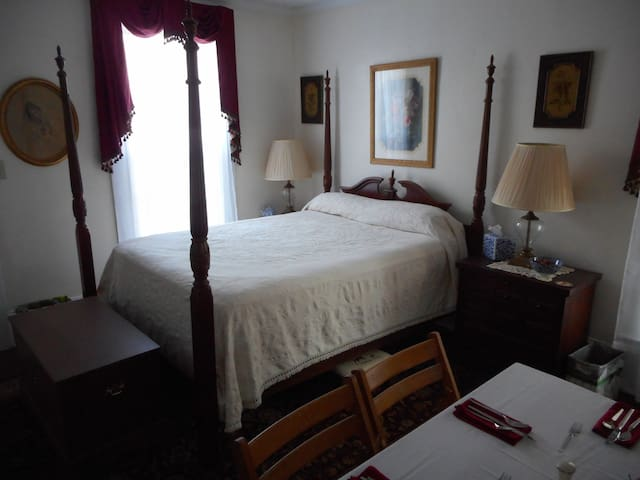 Mama Hardy's Bed and Breakfast - La Grange - Penzion (B&B)