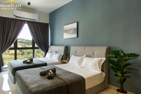 【20% off】The Core Sepang Cozy suite for 4pax