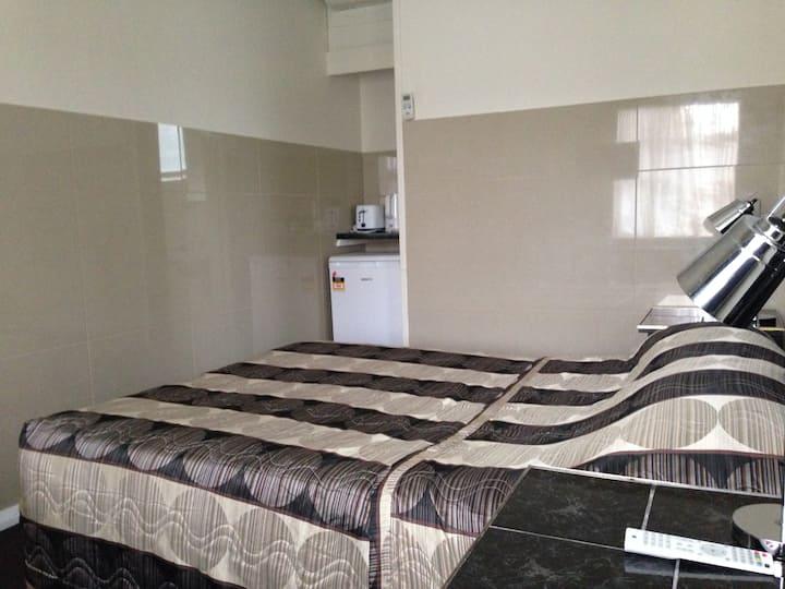Avalon Motel - Economy/Budget Room