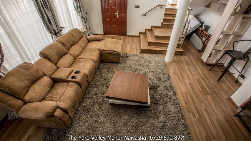Yard Valley Manor Naivasha