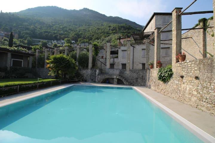 Residence con piscina Bezzuglio - Toscolano-Maderno - อพาร์ทเมนท์