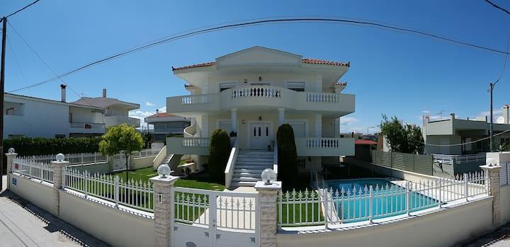 Seaside Villa (Apartment 3)