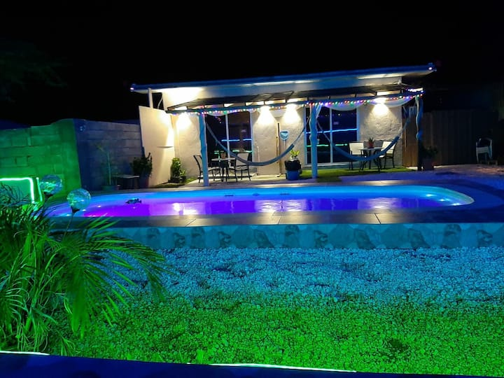 Kingdom Love & Shine Aruba, private pool $90.