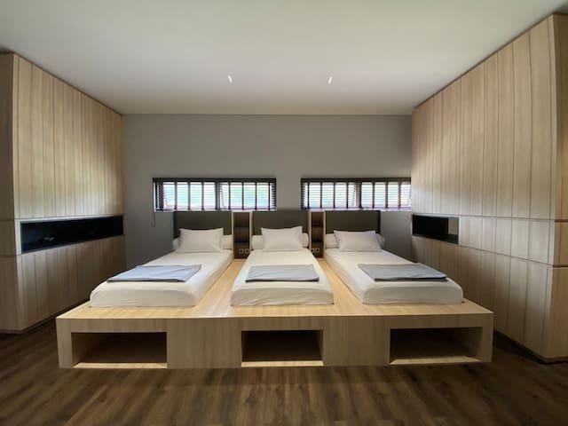 Teras Bhumi Modern Villa - Iris Room