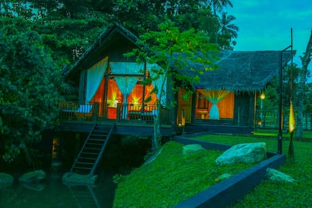 Deluxe Villa On The River- Third Eye Weligama