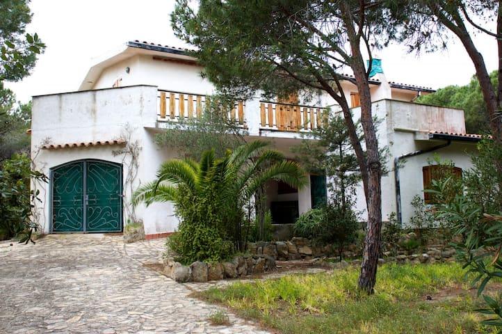 Villa con giardino Cala Liberotto - Cala Liberotto - วิลล่า