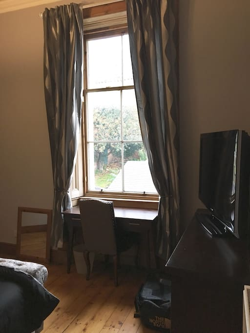 King size room with view out of window