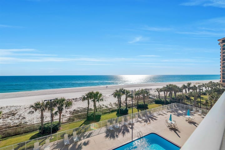 Regency Isle 303 - 2bd/2ba with Large Balcony