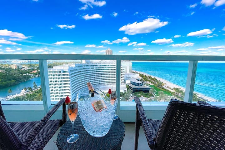 FountaineBleau Resort, Balcony w/Ocean & Pool View