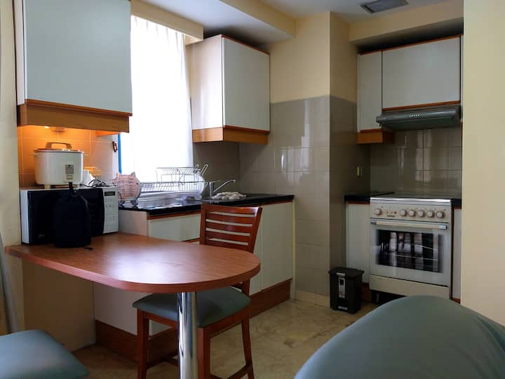 Clean & quiet 1BR condo at the center of Jakarta