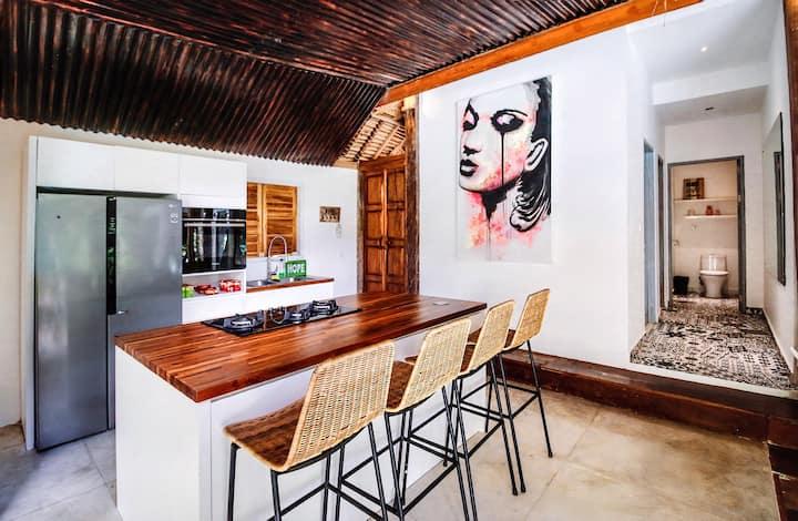 Balangan beach tropical 3 bedrooms villa with pool