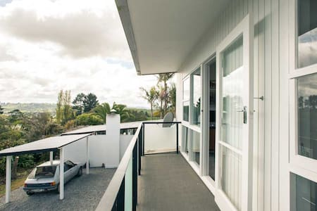 Palm Springs  apartment - Whanganui - Bed & Breakfast