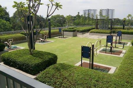 Cozy 2 + 1 bedrooms @ Aeon & Tesco - Johor Bahru - Apartamento