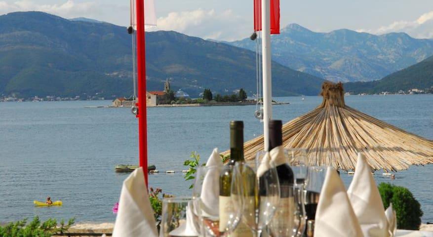Апартамент стандарт у берега моря - Tivat - Inny