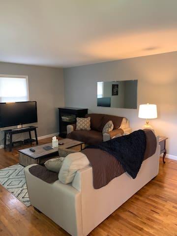 Cozy Private Duplex