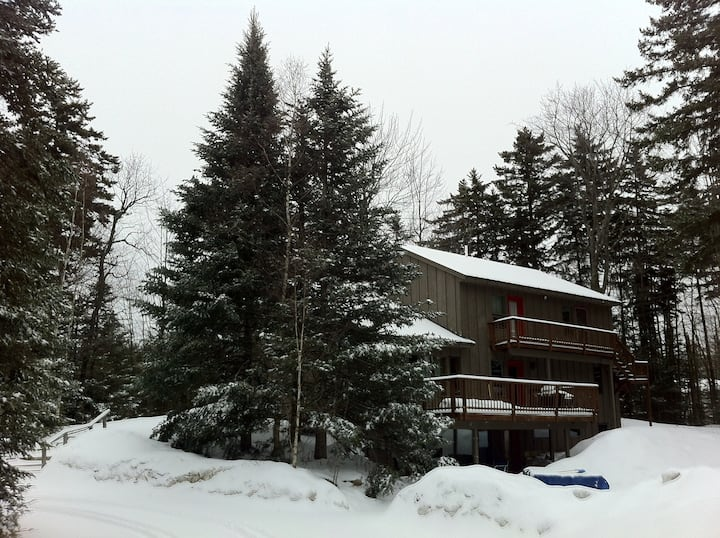 2 min to ski slopes HOT TUB 24 in comfort perfect