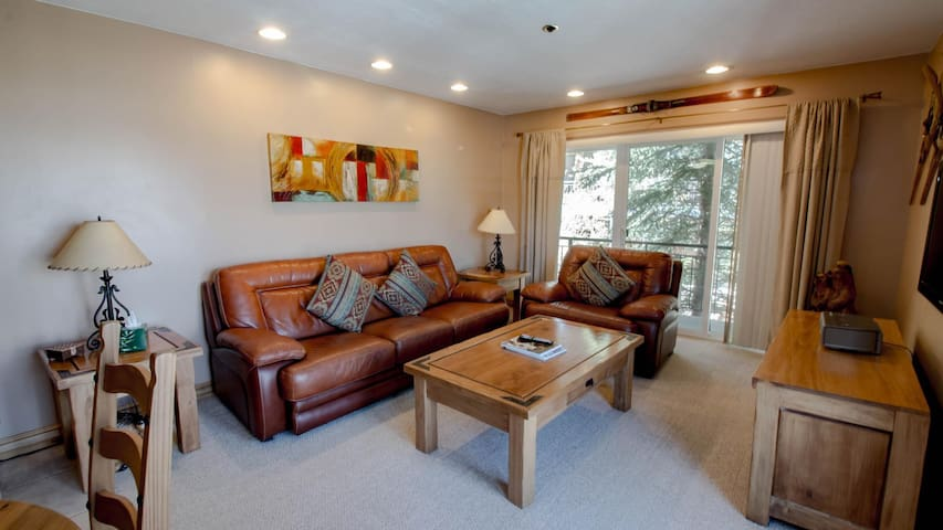 Bright Courtyard and Main Street  View 1 Bedroom