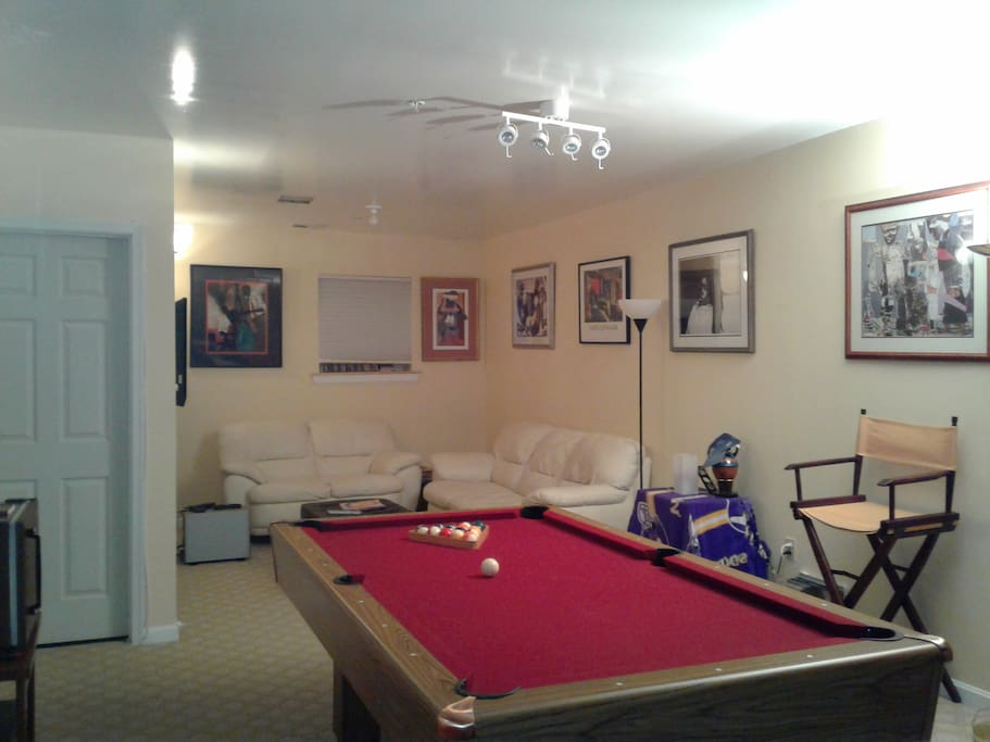 Finished basement with billiards/Flat Panel TV.