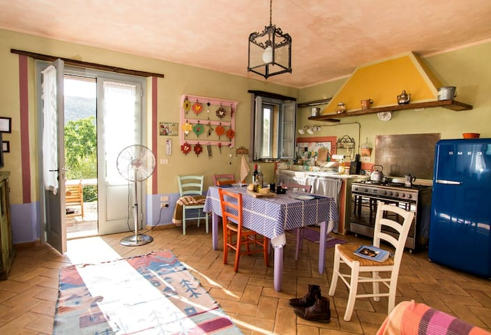 Il Lago an extremely bright apartment near Perugia - Perugia - Appartement