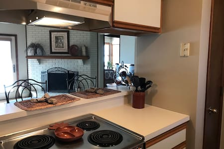 Convenient Saint Joseph Apartment