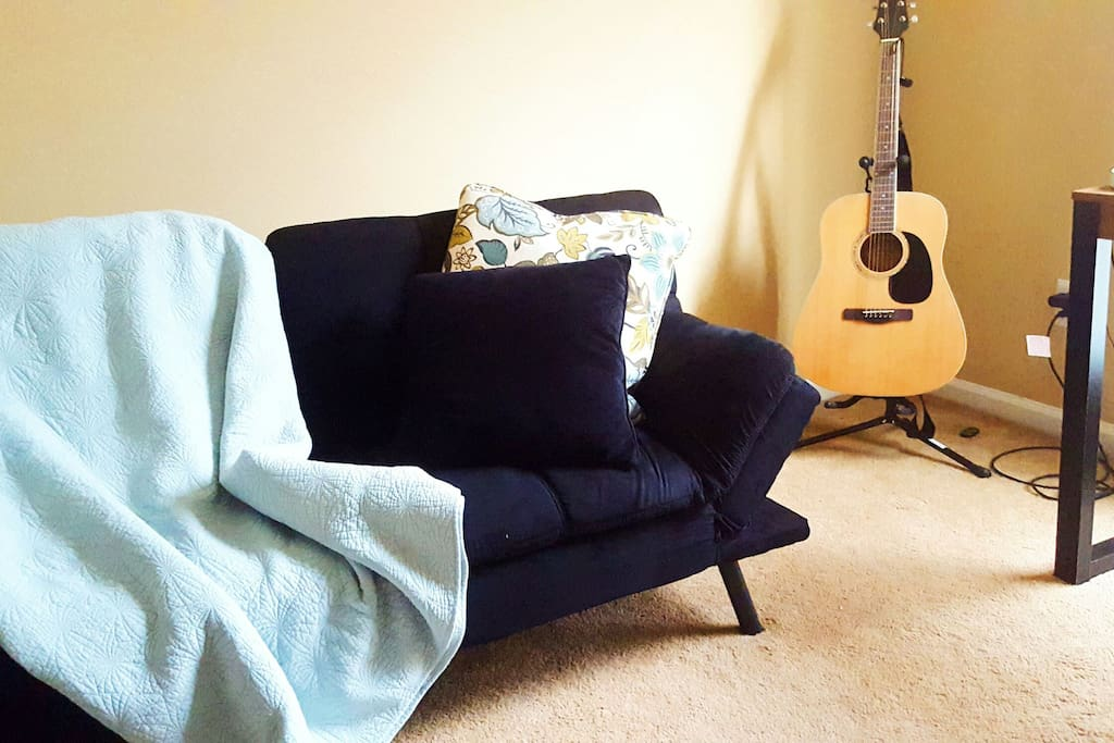 Music-themed private space with brand-new futon!