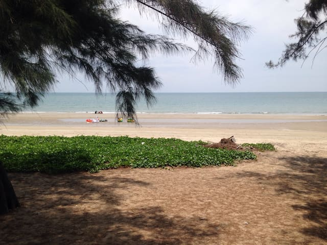 Appartement ,1 bedroom ,Aircondition, ,near beach