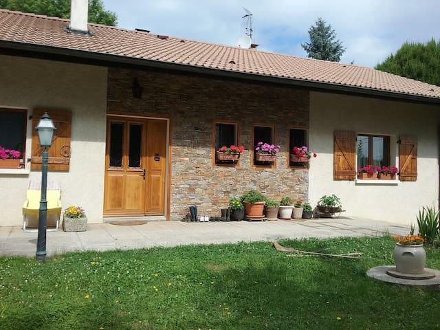 Une chambre à la campagne ( résidence principale)