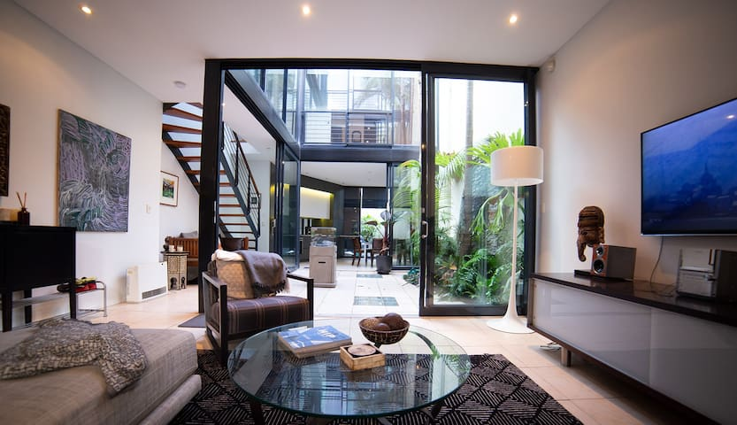 """Four levels of tranquil spaces in our beautiful terrace house +++ """"Absolutely the best hosts, excellent communication, warm and friendly, eager to help! THANK YOU!!!"""" Darryn - Jan 18"""