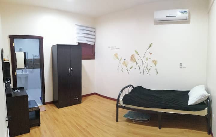 Single master room near airport
