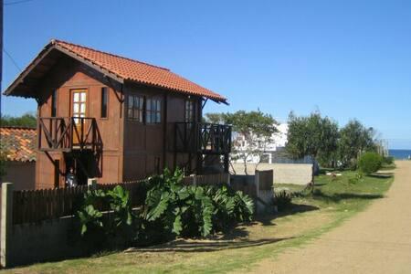 Cabaña en Costa Azul, Rocha, UY - Costa Azul - Rumah