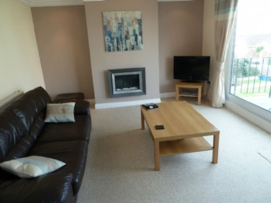 Lower Brantfell, Bowness on Windermere, lounge, Lakes Cottage Holidays