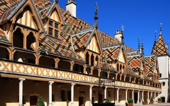 Appartement le Bellecroix Beaune centre historique