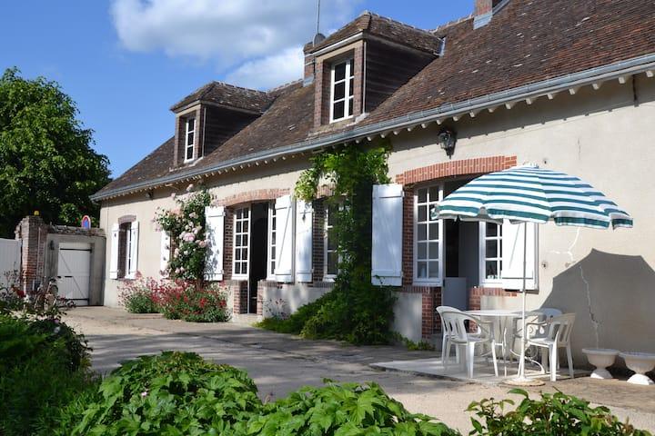 La Roselière , gite de campagne au bord du Loir