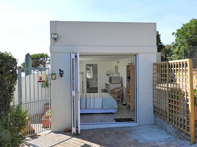 Holiday Cottage - Cape Town - Flat