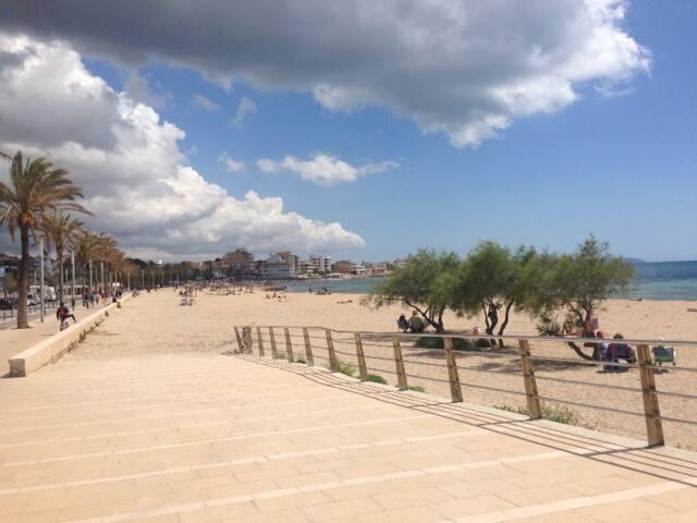 PLANTA BAJA con GRAN TERRAZA a 5 mint. de la playa