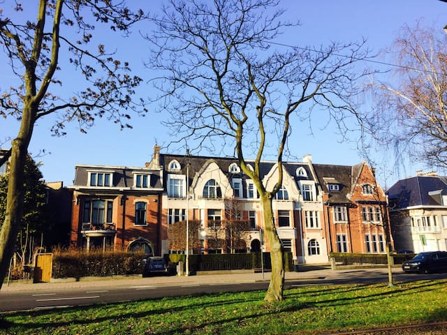 Modern en ruim stadsappartement - Antwerpen