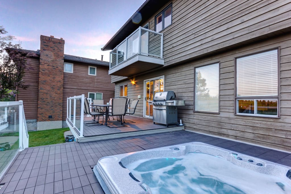 Hot tub and barbeque