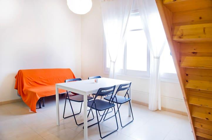 Cool Apartment 4.1 near beach & BCN