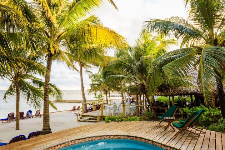 Caribbean Villas -Lofted Suite