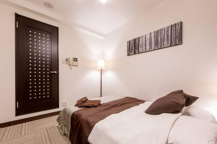 部屋(Room、房间、방)