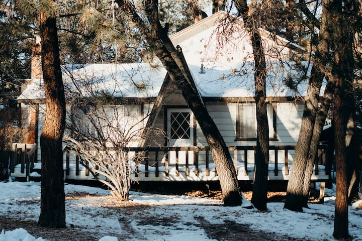 5 BR Peaceful Mountain Retreat for Groups/Families