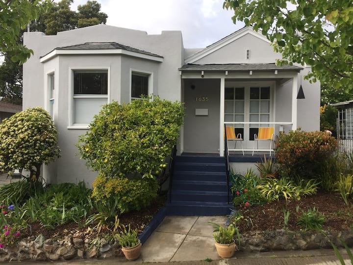 Berkeley Minimal + Efficient  Home w/ outdoor cat