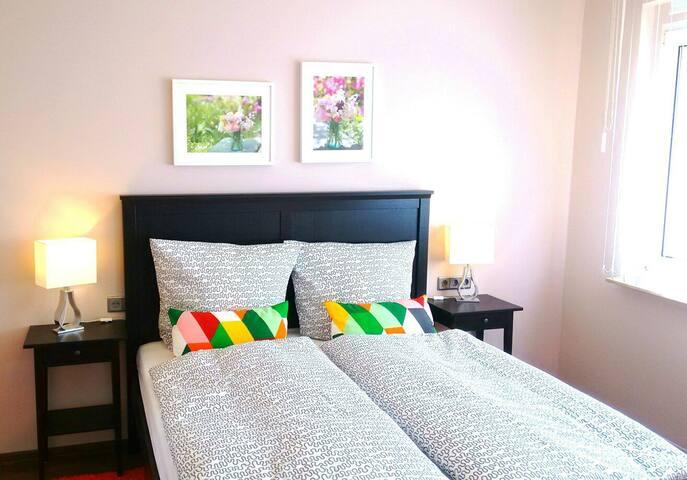 Beautiful 2 bedroom ground floor flat WF - Leipzig - Apartemen