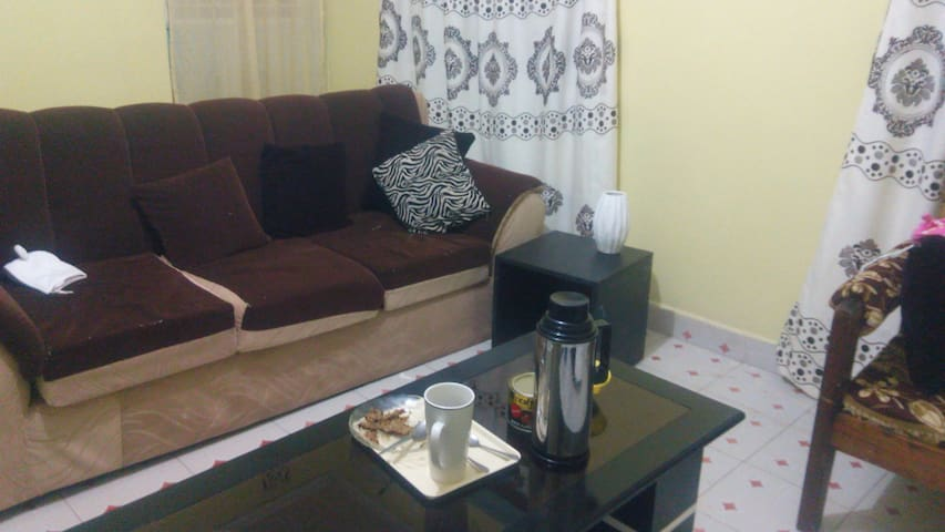 Safe, Cosy apartment in  gated estate, Nairobi