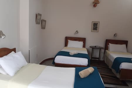 Boer en Brit Self Catering Triple Room