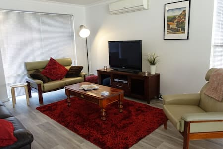Perfect Beach House Busselton - Geographe