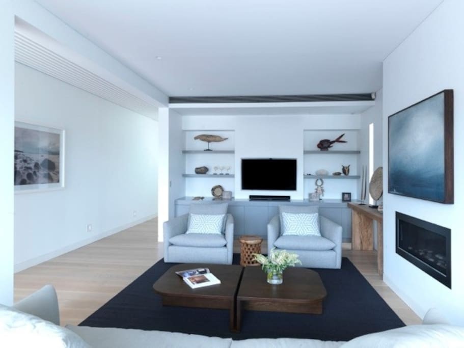 Formal living area